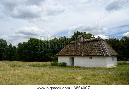 Antique White Clay House With Hay Roof In Pirogovo Park, Kiev,europe