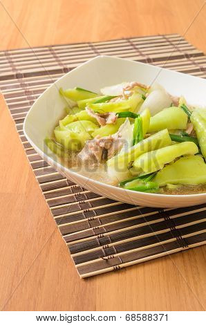 Stir Fried sweet pepper with onion and pork