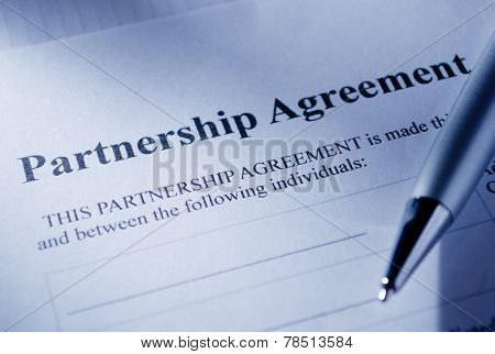 Macro Partnership Contract Paper And Pen