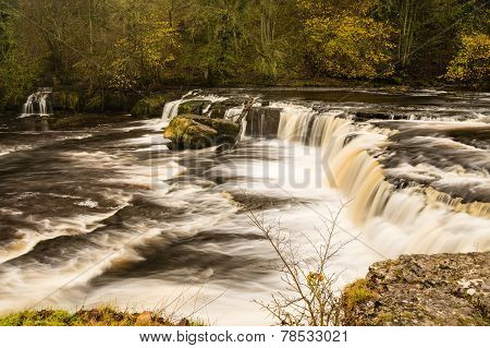 River Ure At Aysgarth Falls