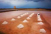 Постер, плакат: Mounds Of Salt In The Museum Of Salt