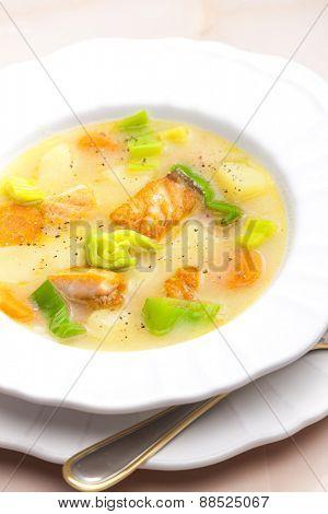 potato soup with salmon