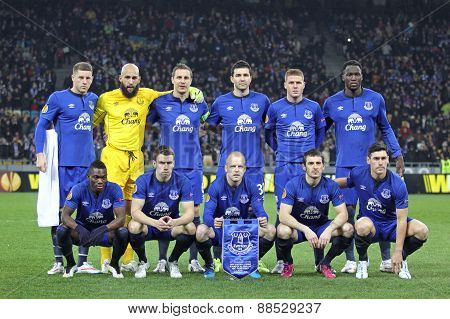 Fc Everton Players Pose For A Group Photo