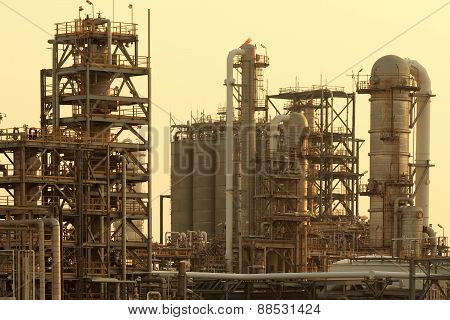 Tube ,chimney And Manufacturing Pipi Line Ind Heavy Petrochemical Industry  In Industrial Estate Wit