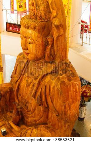Wooden Goddess Of Mercy (guan Yin) Statue