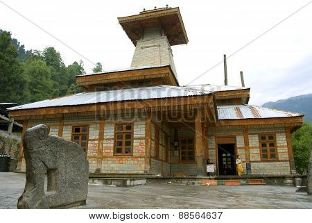 Temple at old Manali