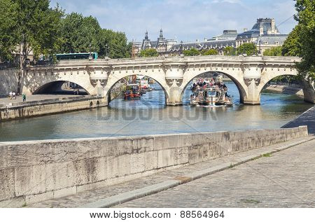 Touristic Boat Goes Under The Pont Neuf, Paris