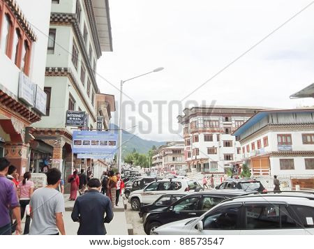 Tourists visit the beauty of villages
