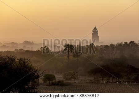 Bagan Nan Myint Tower