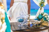 picture of wedding arch  - beach wedding venue - JPG