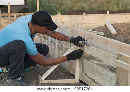 Installing The Formwork