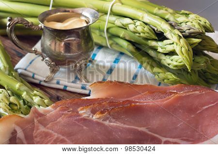 Green Asparagus With Sauce Hollandaise And Ham
