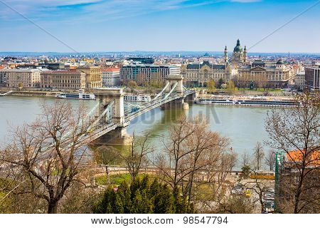 Colorful Image Of Szechenyi Chain Bridge Over Danube, Budapest, Hungary