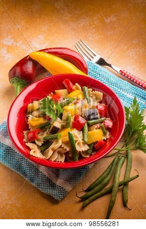 pasta with capsicum green beans eggplant