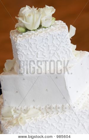Wedding Cake - Yum