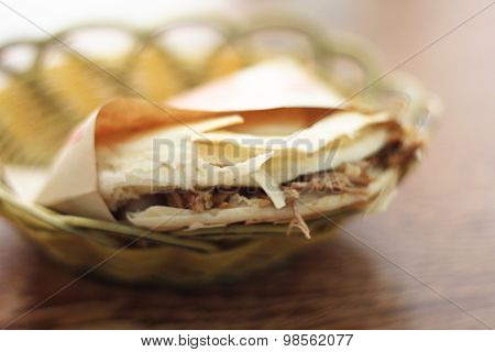 Stewed pork burger