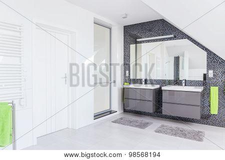 White And Grey Washroom