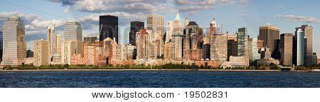 Panorama of Lower Manhattan and the Hudson River