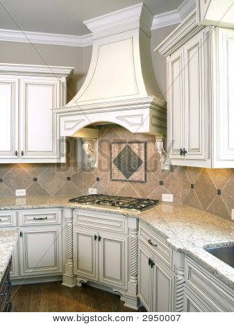 Luxury Kitchen Cooktop With Hood