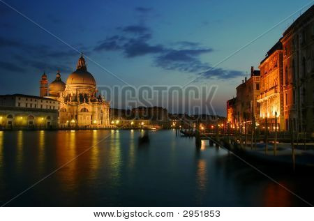 Grand Canal and Santa Maria della Salute church at evening.