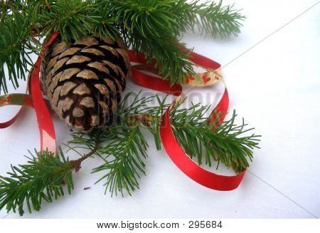 Christmas Pine Cone With Ribbon
