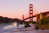 Puente Golden Gate en San Francisco al atardecer