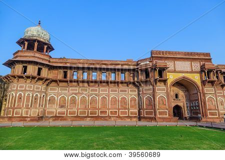 Jahangiri Mahal  In The Red Fort In Agra