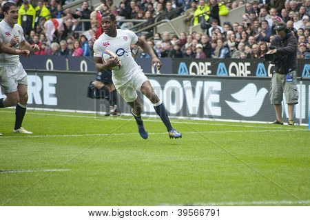 TWICKENHAM LONDON - NOVEMBER 10: Ugo Monye about to score try at England vs Fiji, England playing in white Win 54-12, at QBE Rugby Match on November 10, 2012 in Twickenham, England.