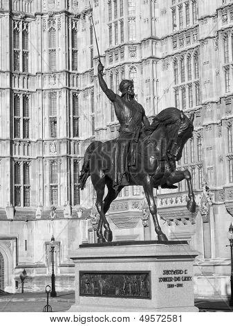 Richard The Lionheart Statue