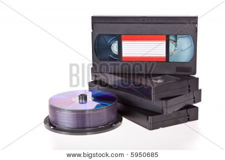 alte video Kassetten mit dvd-discs
