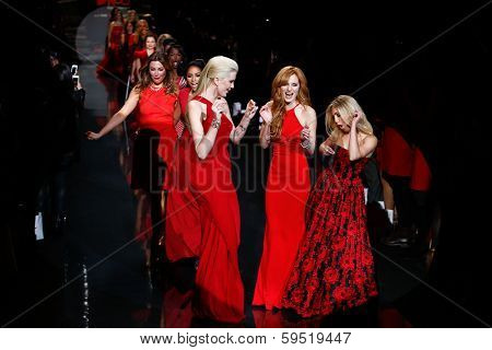 NEW YORK-FEB 6: Ireland Baldwin, Bella Thorne & Annasophia Robb at The Heart Truth Red Dress Collection show during Mercedes-Benz Fashion Week at Lincoln Center on February 6, 2014 in New York City.