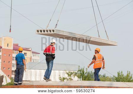 Constructing apartments