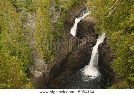 Twin Water Falls