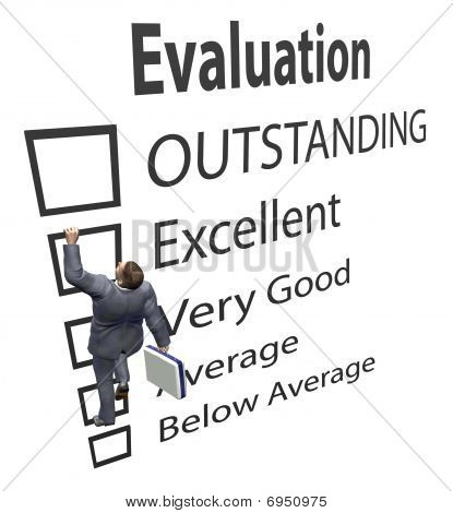 Empregado de negócios sobe em forma de melhoria de avaliação