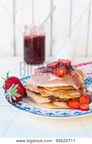 Pancakes With Strawberries Jam