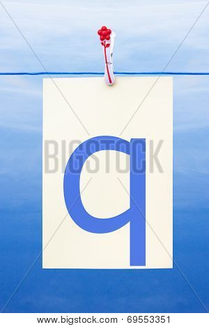 Seamless Washing Line With Paper Showing The Letter Q