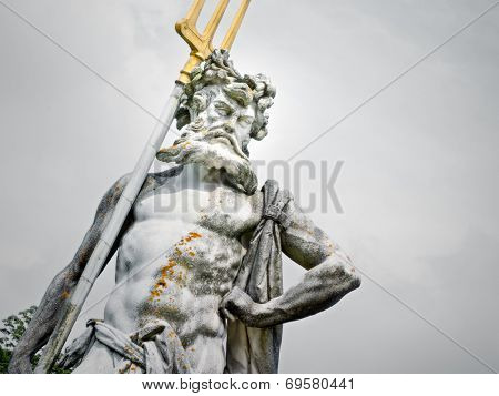 An image of a nice Neptune statue