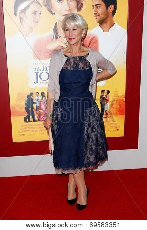 NEW YORK-AUG 4: Actress Helen Mirren attends