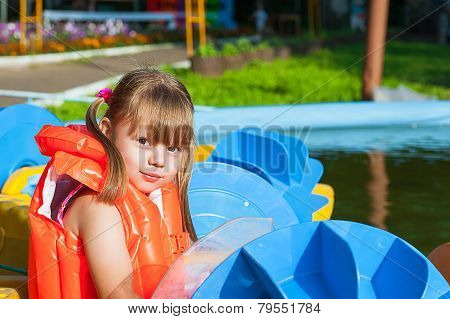 girl in a life jacket
