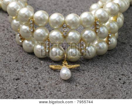 pearl and diamonds