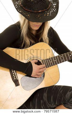 Woman Wih Guitar And Cowboy Hat Close