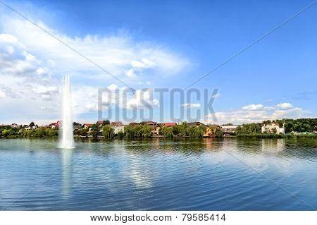 Coastline Lake View