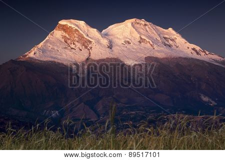 Huascaran Norte (6655m) and Huascaran Sur (6768 m) peaks in Cordileira Blanca, Peru, South America