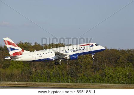 Frankfurt Airport - Embraer 170 Of British Airways Takes Off