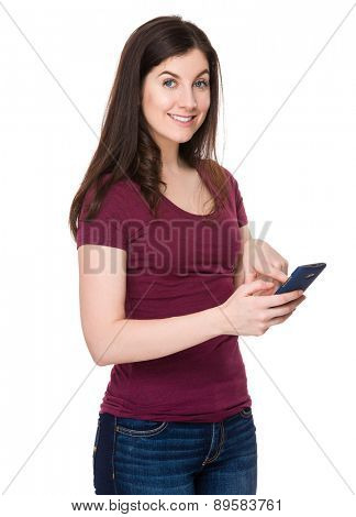 Brunette woman use of cellphone