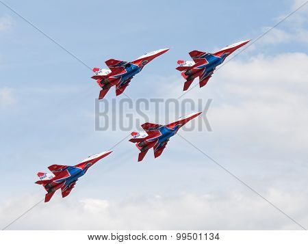 Mig-29 Swifts Aerobatic Team