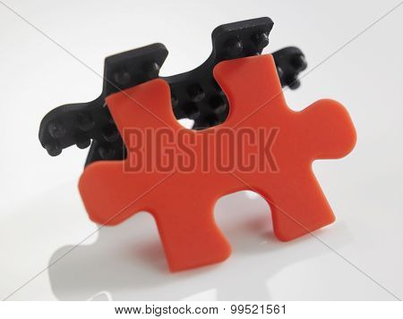 red and color jigsaw puzzle