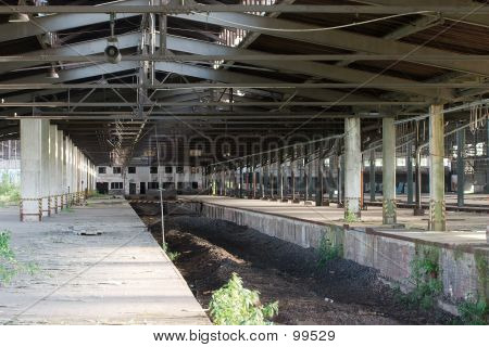 Verlassenen Bahnhof