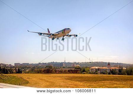 Airport Lisbon - Airbus A318