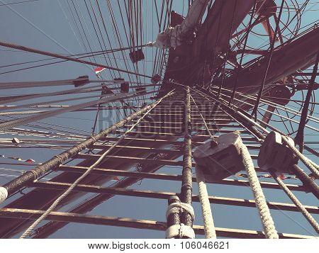 mast of sailing ship